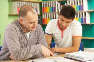 70 אחוז מתלמידי החטיבה העליונה נעזרים בשיעורים פרטיים