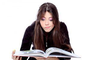 בוחרים מגמה: איך מחליטים איזה מסלול לימודי לבחור בתיכון?
