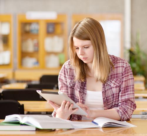 לגעת בהצלחה: האפליקציות שיעזרו למתבגרים