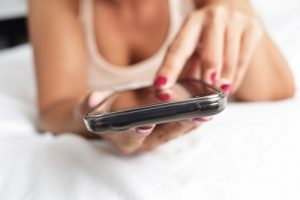 sexting. shutterstock