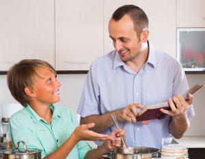 מבשלים ביחד