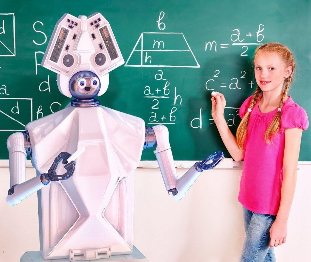 האם בתי הספר מכינים את הילדים לעתיד?