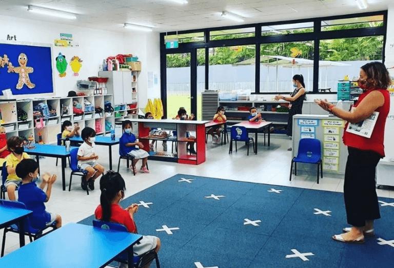 איך בסינגפור הצליחו לפתוח את שנת הלימודים כסדרה?