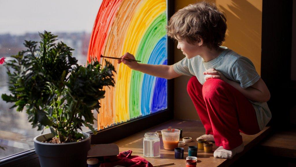 איך נטפח דמיון וחשיבה יצירתית?